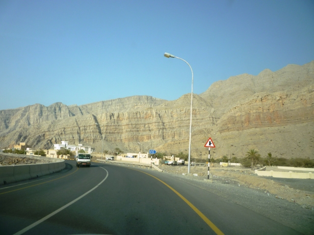 Again hit the road to Khasab.